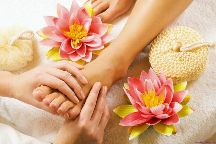 spa-pedicure-massage
